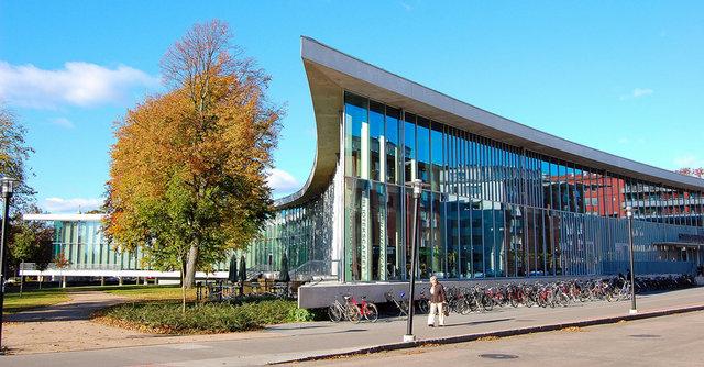 Хальмстад Библиотека г. Хальмстад, Швеция